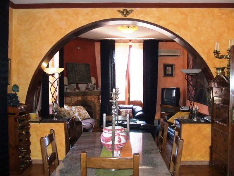 Buy a house in Taormina for 50,000 Euros