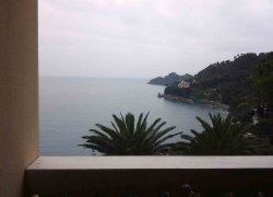 DIK220 Santa Margherita Ligure. 1st line villa apartment with a great view!