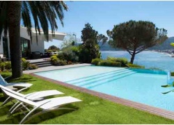 D-YK 78. Bergeggi..Modern villa with panoramic swimming pool infiniti.