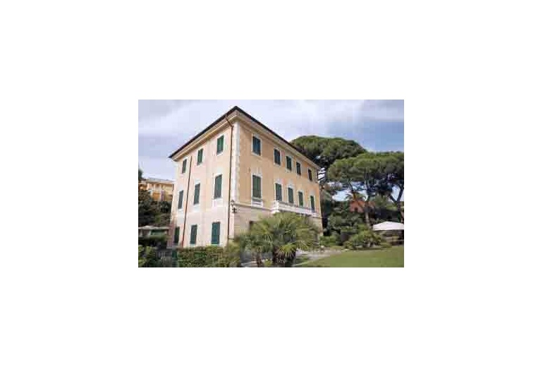 DIK197 Luxury villa apartment in Santa Margherita Ligure