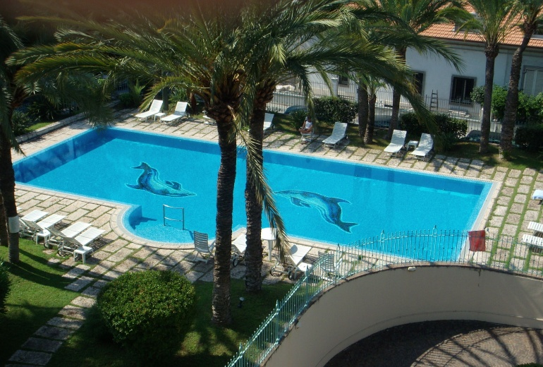 DIK259 Bordighera. Luxury 3-bedroom apartment!